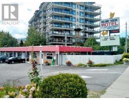 3355 SKAHA LAKE ROAD, penticton, British Columbia